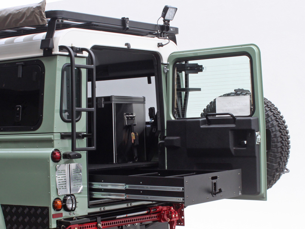 Land Rover Defender Drawer System Front Runner