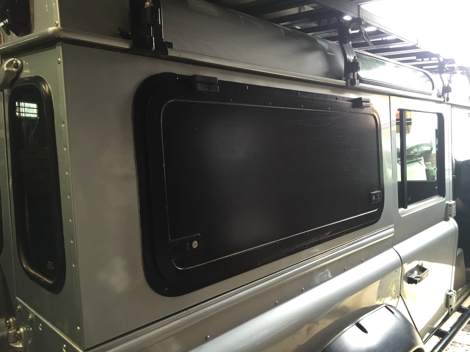 Gullwing Door For Land Rover Defender Csw